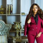 """""""Even Linda won't spend N10m on a single bag� – Fans lash Laura Ikeji over claims that she invested N10m on a bag (Video)"""